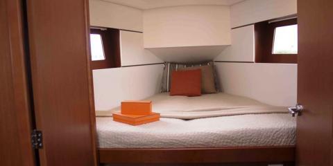 Moorings single cabin interior