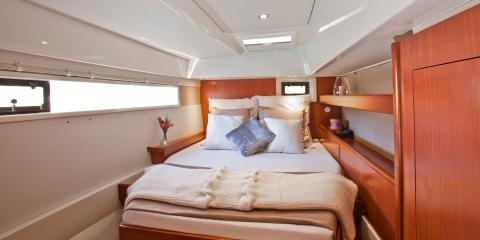 Moorings 4800 interior