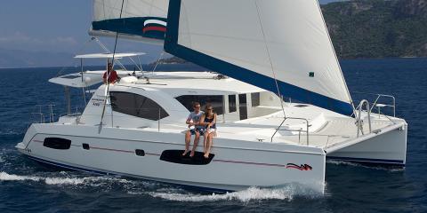 Moorings 4400 starboard exterior