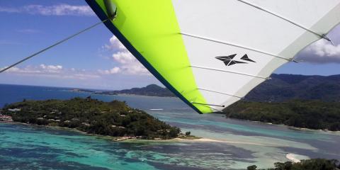 Hang gliding in Seychelles