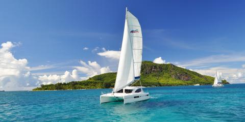 Moorings yacht sailing in Seychelles