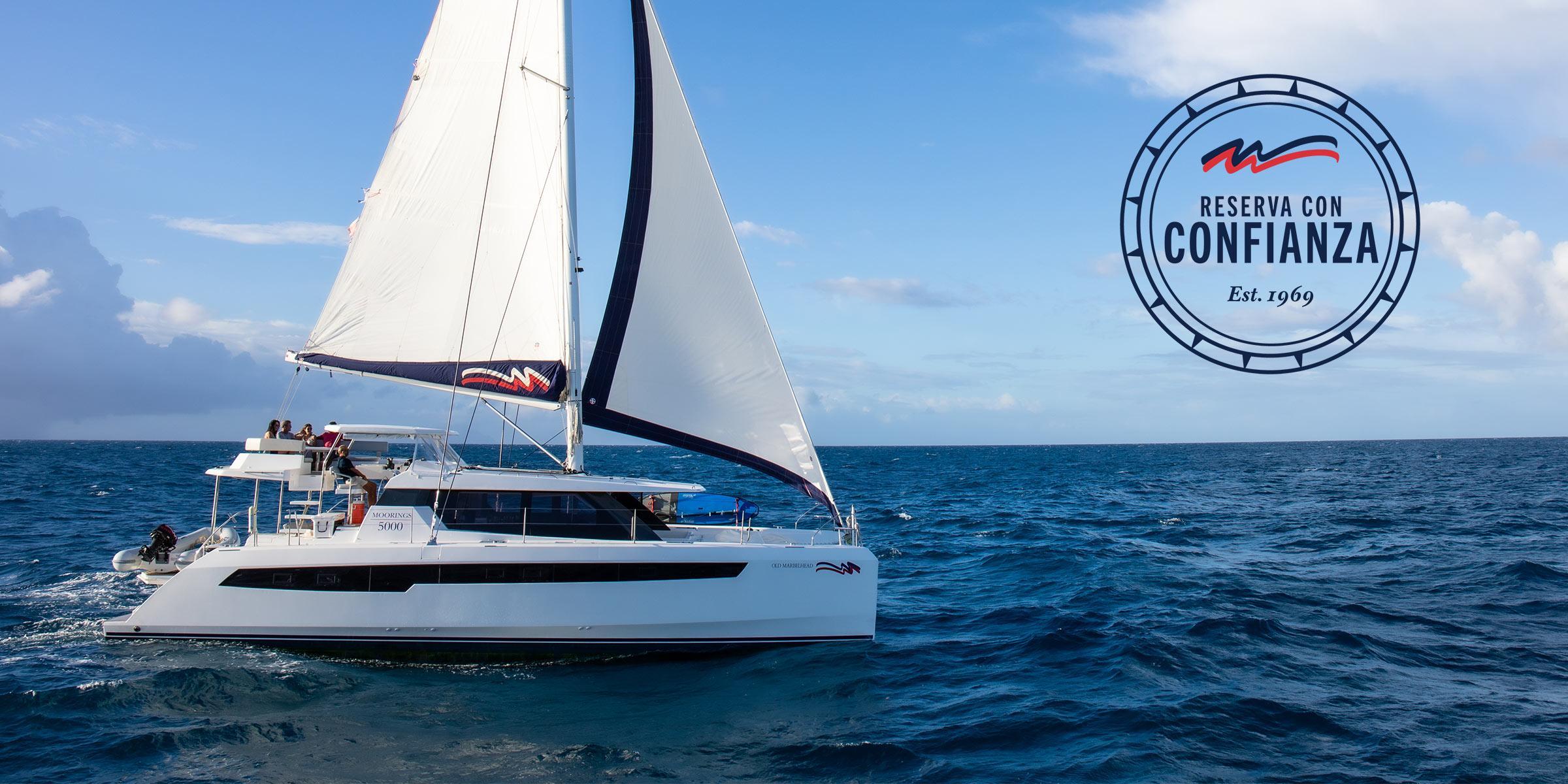 Reserva con Confianza - Moorings 5000 navegando